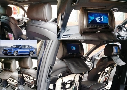 DVD Headrest monitors in a Audi Q7